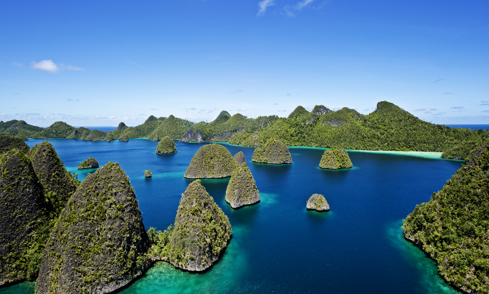 Nyaman Group Indoensia - Diving Cruise Indonesia - Raja Ampat