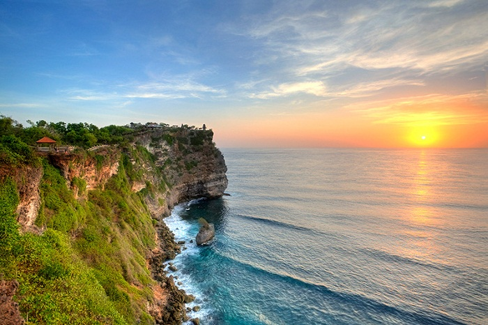 Nyaman Group Indonesia-Privilege Club-complimentary Uluwatu tour