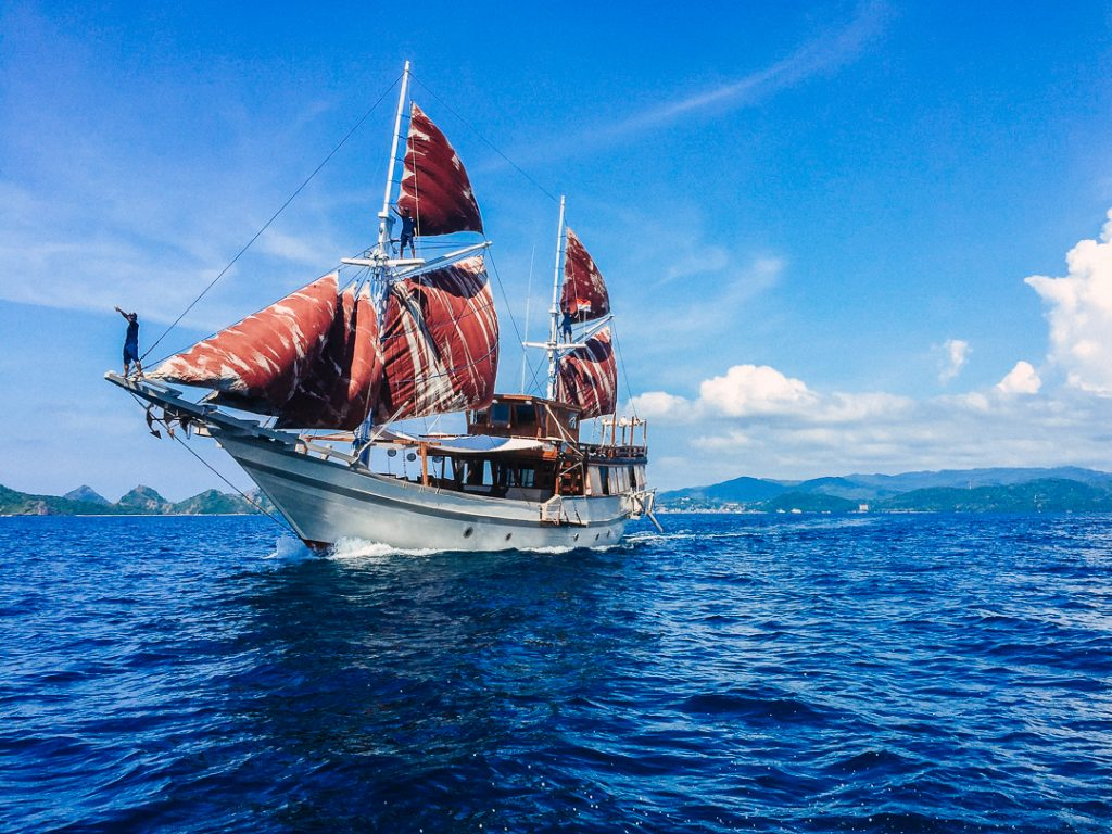 komodo-journey-with-nyaman-boat