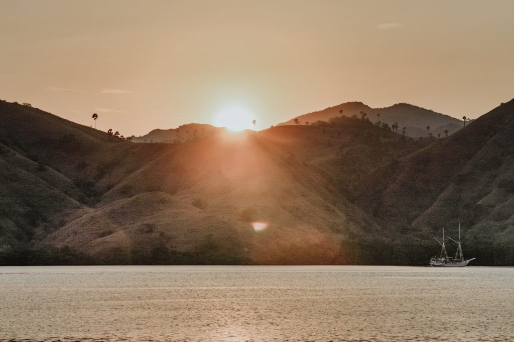 Moody-light-of-Komodo-Sea-Flores-Indonesia