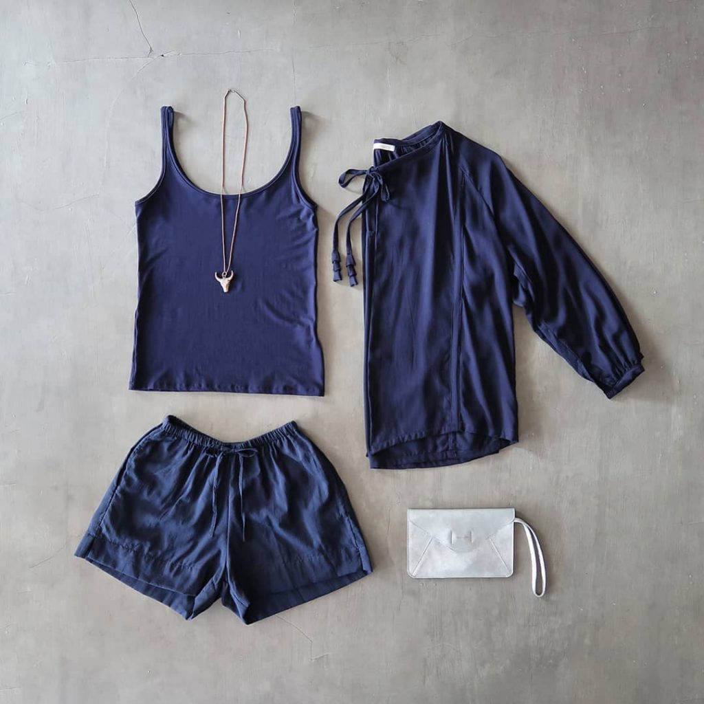 navy-blue-fashion-inspiration-from-nyaman-boutique